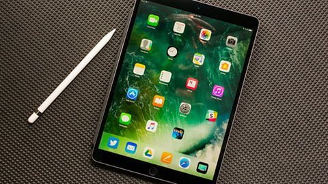 APPLE IPAD PRO REVIEW: PERFECT FOR WRITERS AND MINIMALISTS
