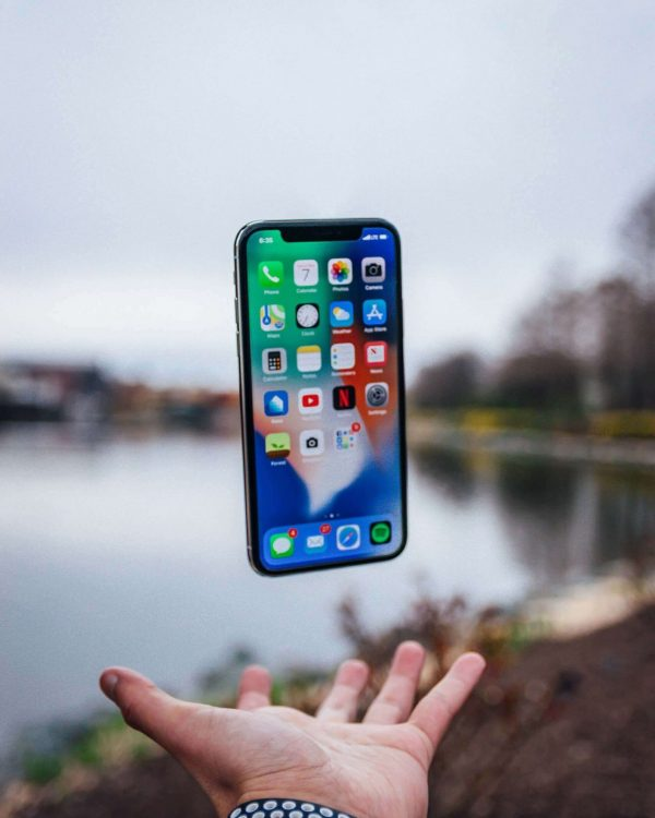 iPhone XS Screen Replacement